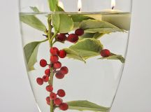 A Bunch of Christmas Flower Arrangements Infused With Holiday Charm images 3