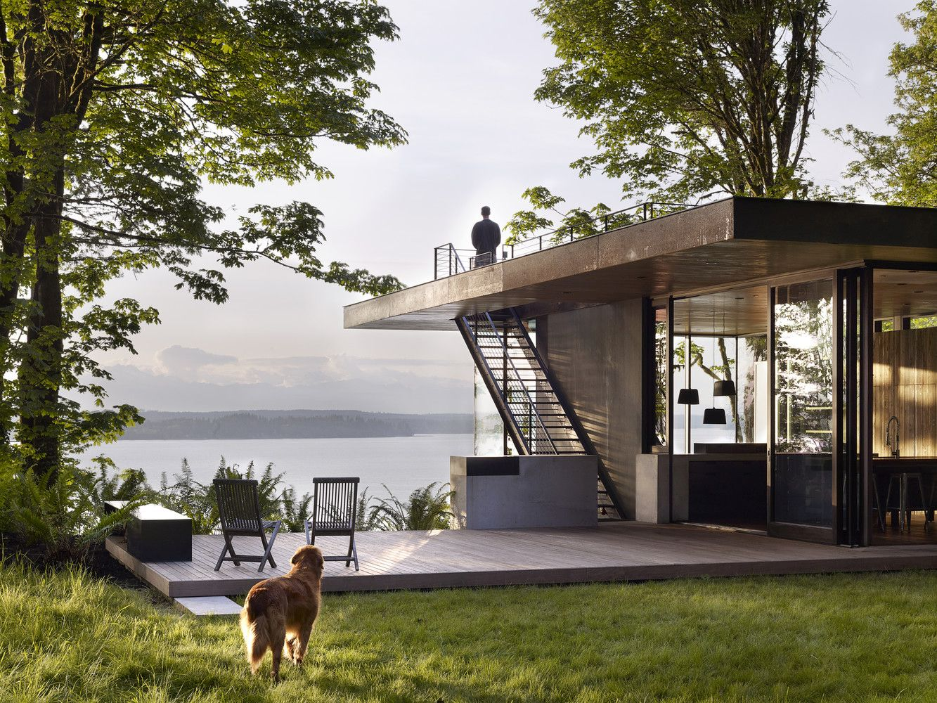 Fascinating! 10 Waterfront Properties That Speak Nature's Language