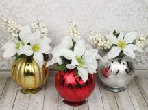 Christmas Ornament Floral Table Decor images 11