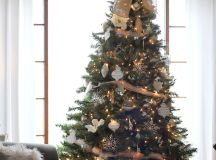 All The Wonderful Christmas Tree Ideas You Need For A Wonderful Holiday images 7