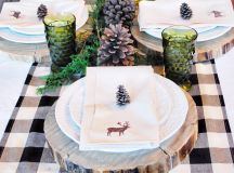 15 Christmas Table Settings to Win You Best Host images 4