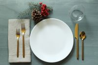 Simplify Your Holidays: Easy & Gorgeous Christmas Table ...