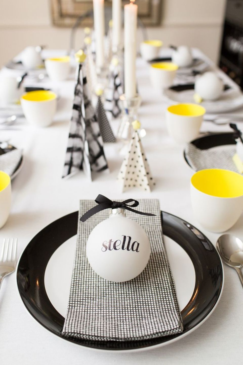 Wonderful! 15 Christmas Table Settings To Win You Best Host