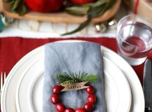 15 Christmas Table Settings to Win You Best Host images 9