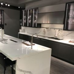 Kitchen Countertop Cover Cabinets Rta Keep Up With The Waterfall Trend Looks That Inspire View In Gallery