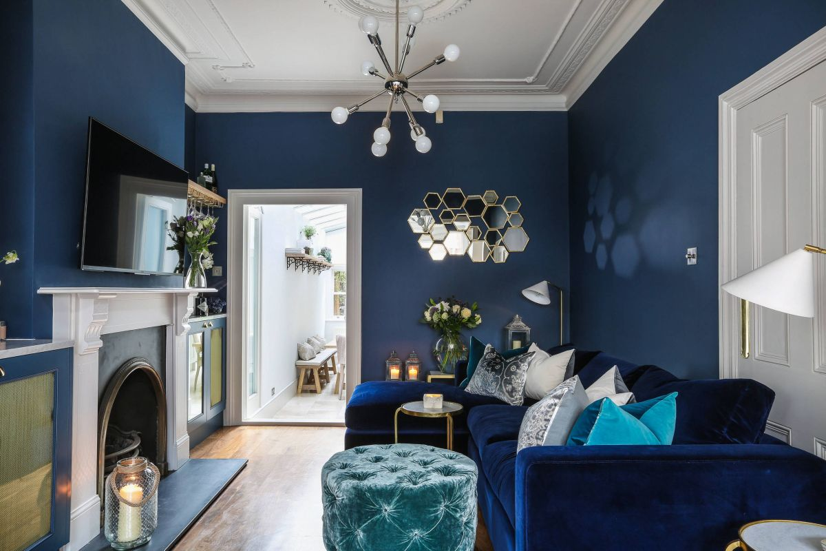 blue walls living room modern false ceiling designs for interior 29 rooms made relaxing view in gallery