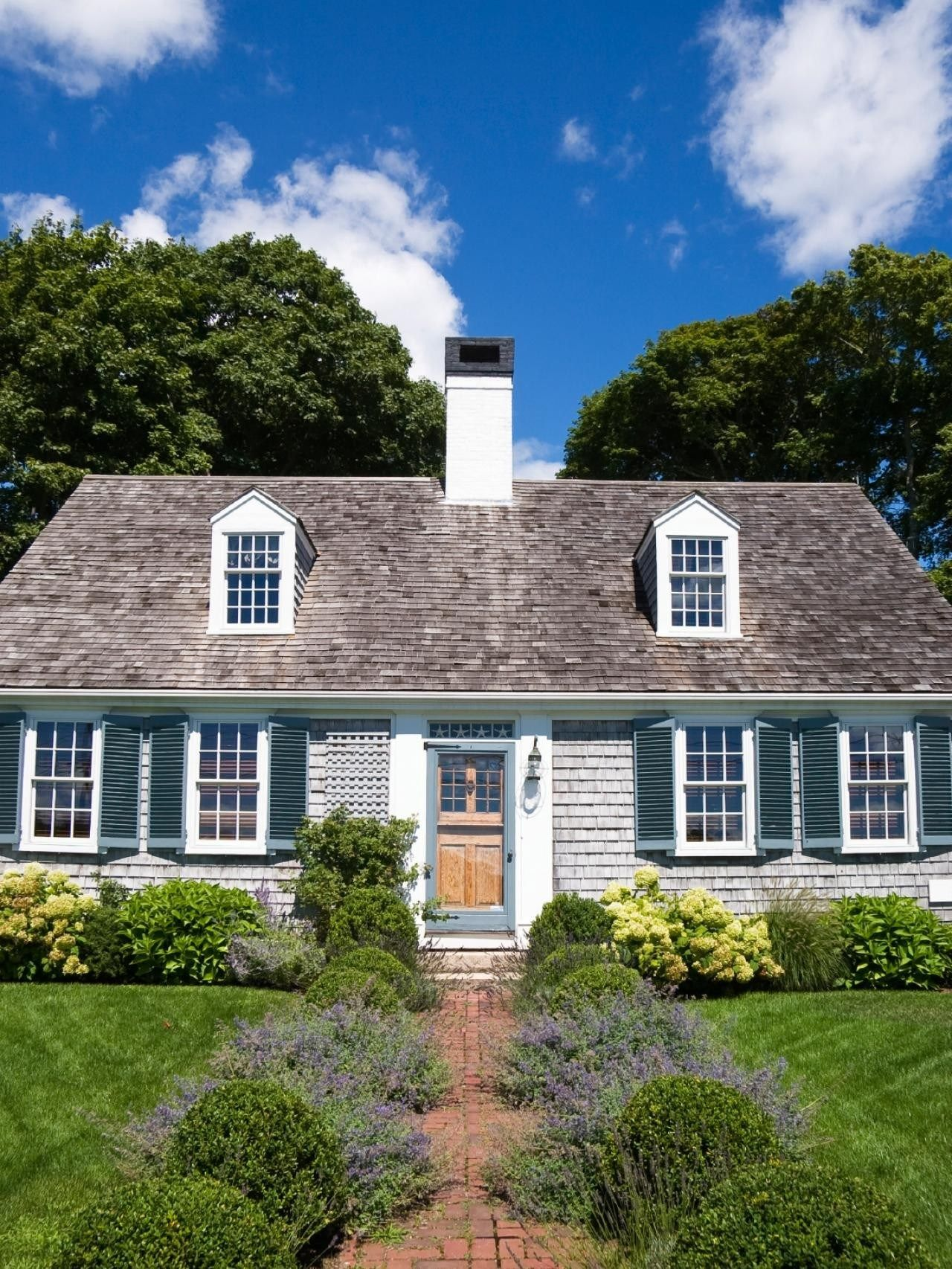 Cape Cod House Colors : house, colors, Everything, About, Style, Houses