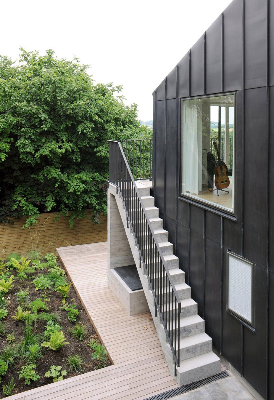 Modern Outdoor Stair Railing Designs And Ideas That Actually Make | Modern Stairs Design Outdoor | Ultra Modern | Deck | Contemporary | Railing | Spiral