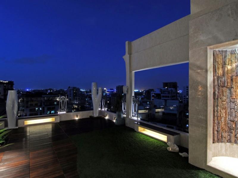 Mohnani Duplex Penthouse By ZZ Architects