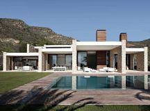 House in Monasterios by Ramon Esteve