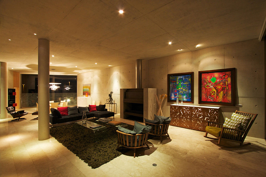 White O Residence By Toyo Ito
