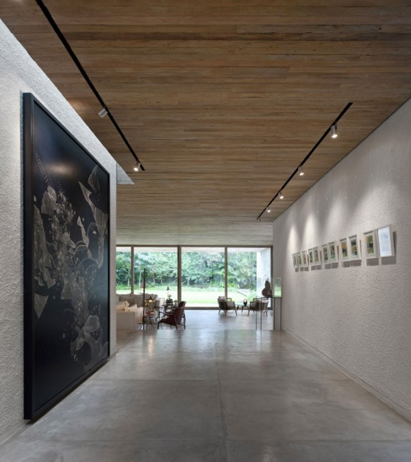 Track Lighting for Art Galleries