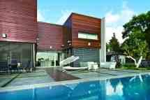 Wooden Concrete House Nestor Sandbank