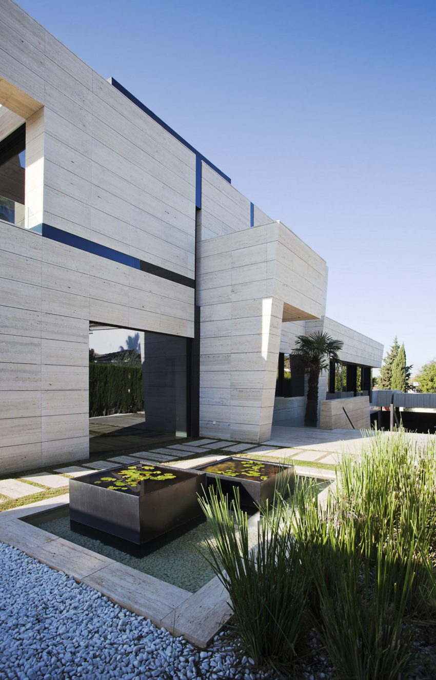 A Cero Design A Modern Home In Seville Spain