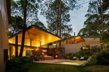 Weber Arquitectos Design Home Surrounded Forests In