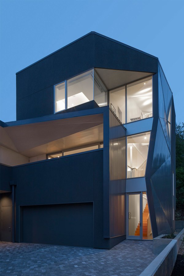 Robert Maschke Architects Design Little Big House In