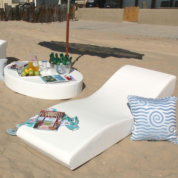 la fete surf modern outdoor chaise