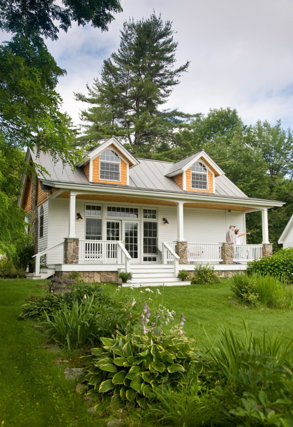 Cute Small Cottage House