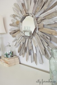 15 Beautiful and Sensible Driftwood Crafts For a Shabby ...