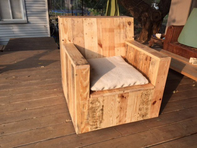 adirondack chair plan black flat bungee office with arms 22 simply clever homemade pallet furniture designs to start right now