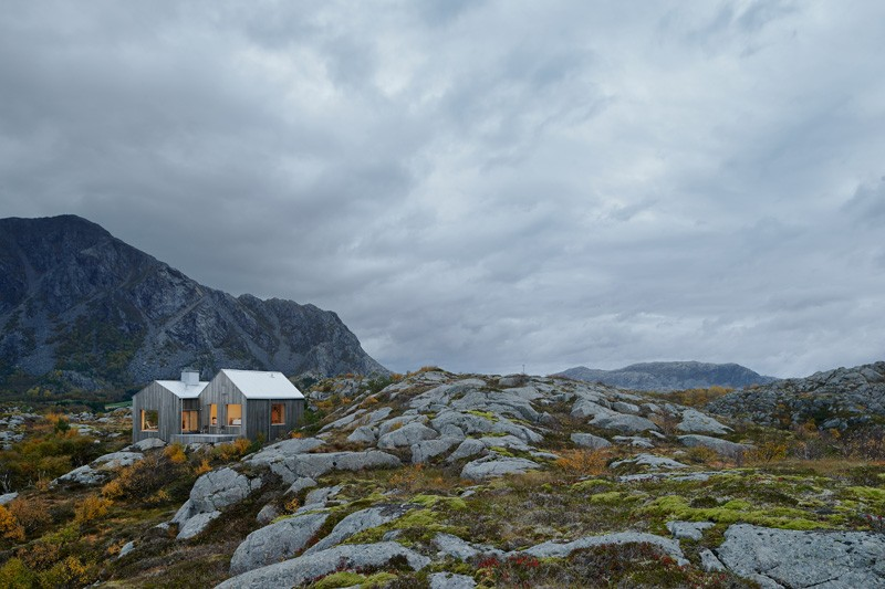 Sculptural Norway Island Home Overcoming Rough Terrain Slopes