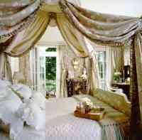 19 Beautiful Canopy Beds That Will Create A Majestic ...