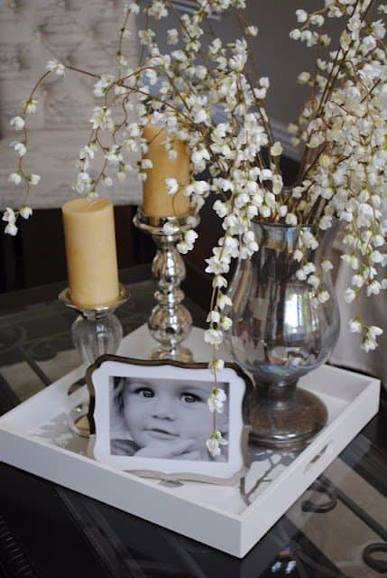 how to decorate your coffee table with