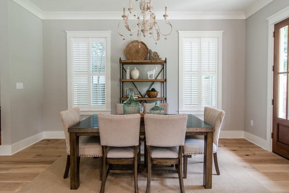 20 Fantastic Traditional Dining Room Interiors That