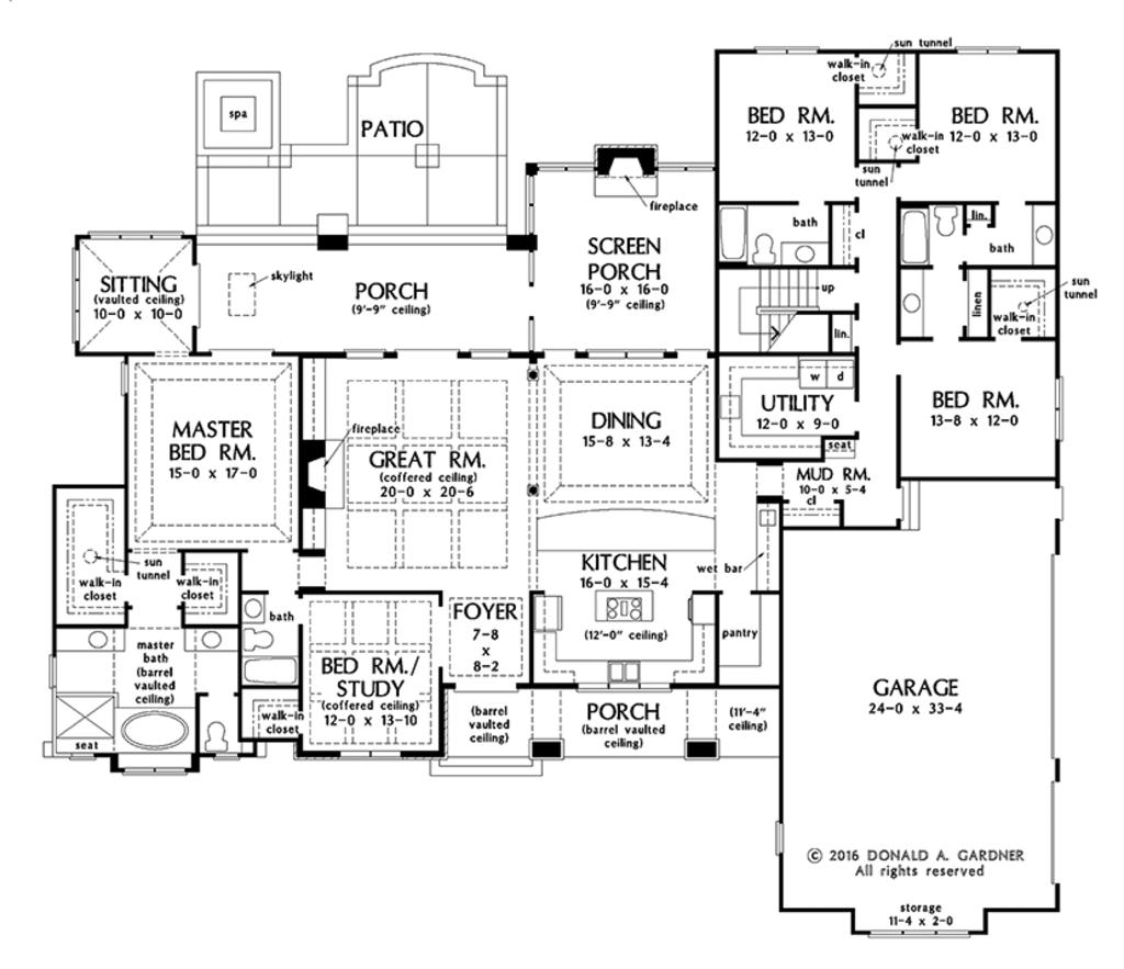 European Style House Plan 5 Beds 4 Baths 3360 Sq Ft Plan 929 1009 Houseplans Com