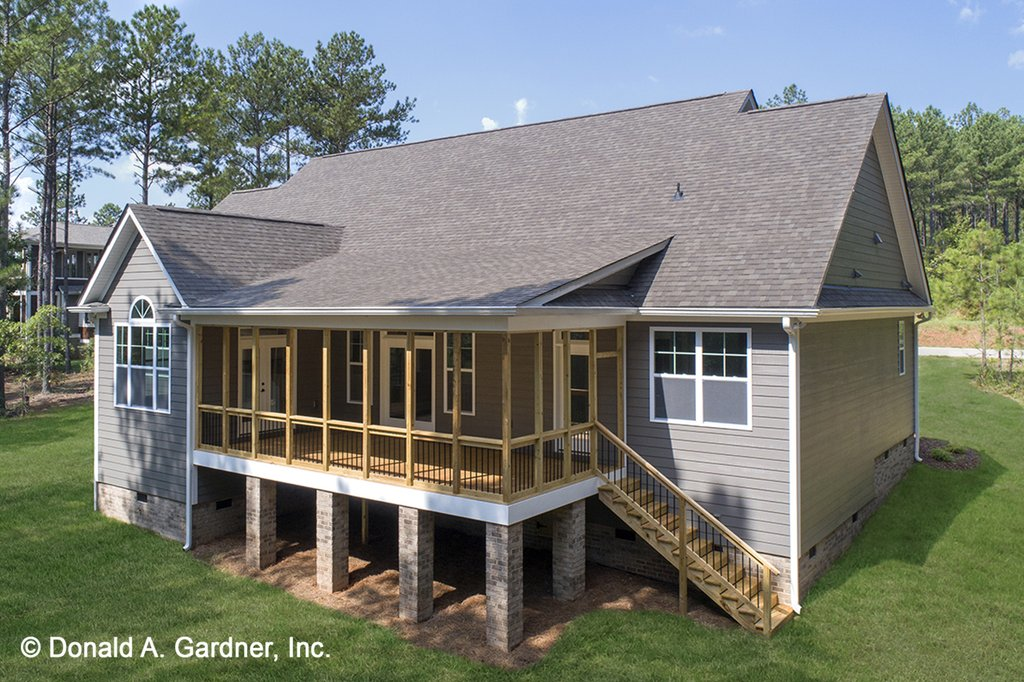 Country Style House Plan 4 Beds 3 Baths 2097 Sq Ft Plan