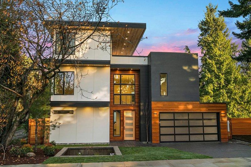Modern Style House Plan 4 Beds 3 5 Baths 3595 Sq Ft Plan