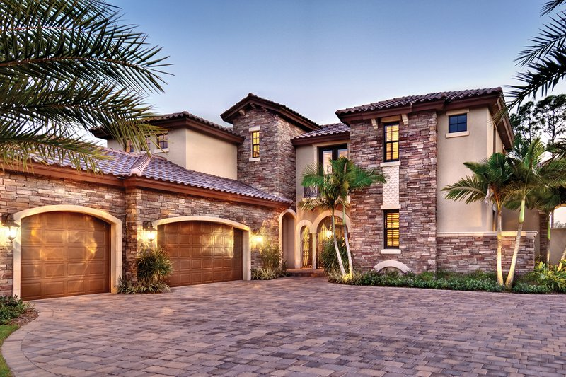 Mediterranean Style House Plan 4 Beds 5 Baths 3777 Sq Ft