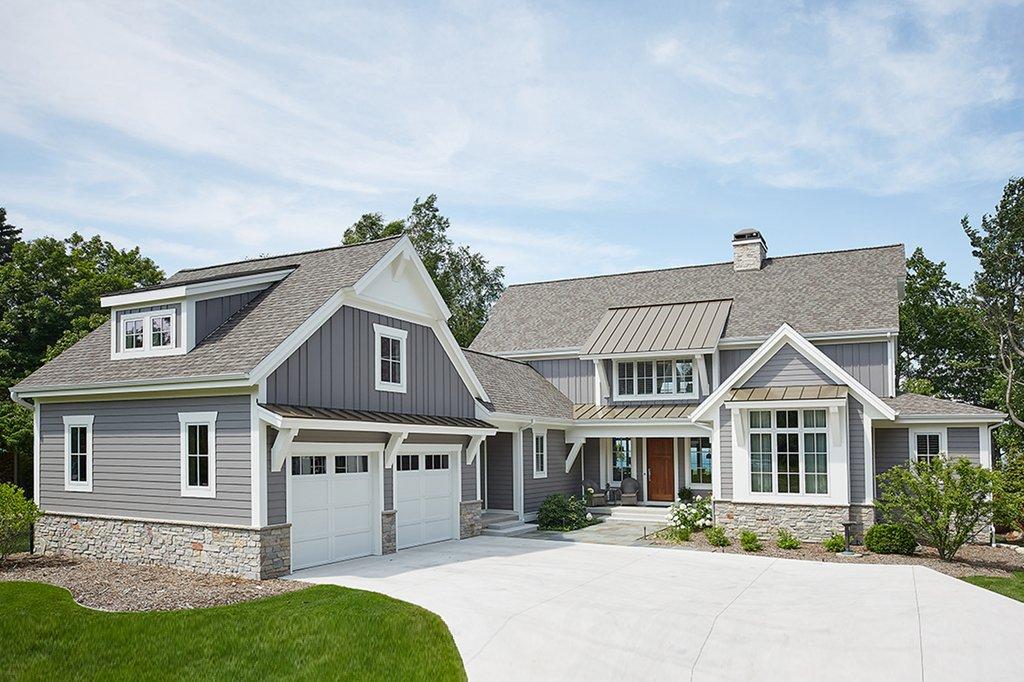 Farmhouse Style House Plan 3 Beds 3 5 Baths 3799 Sq Ft