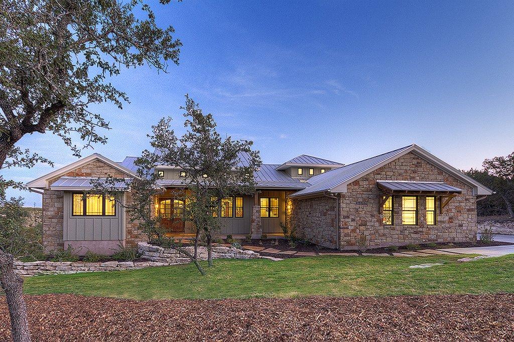 Ranch Style House Plan  4 Beds 35 Baths 3258 SqFt Plan