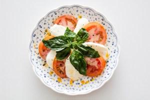Learn How To Prepare Your Own Homemade Mozzarella Cheese (Includes Recipe)