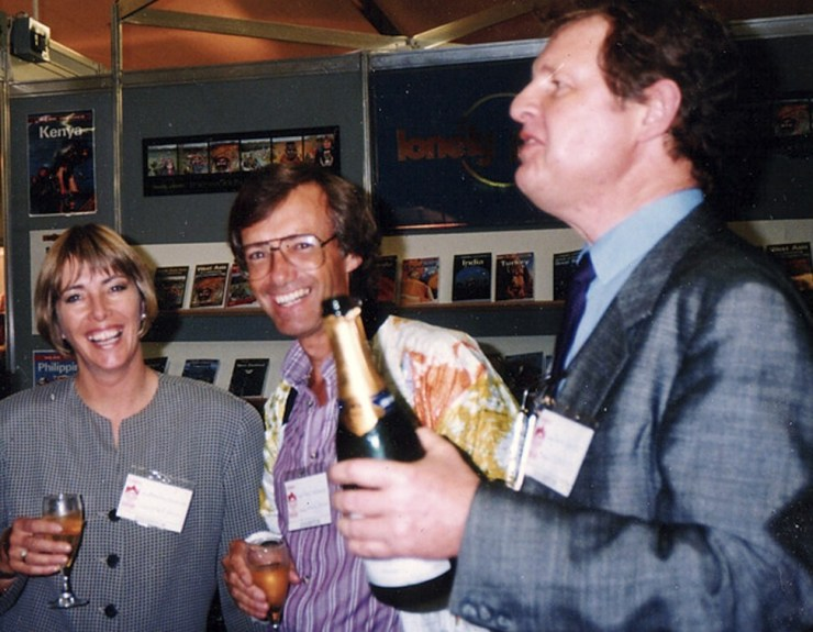 (From left) Maureen and Tony Wheeler, with travel publisher Magnus Bartlett, at the 1985 Frankfurt Book Fair. Photo: SCMPOST