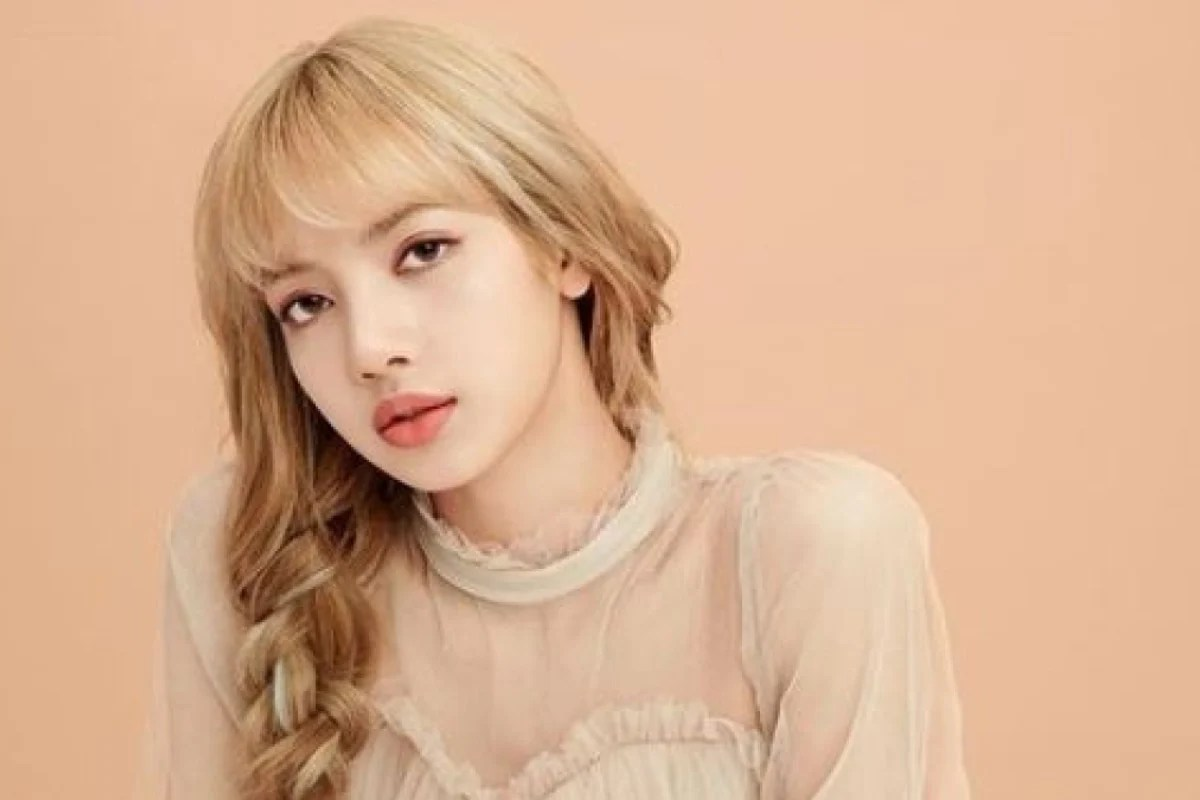 4 Reasons Why We Love Lisa K Pop Girl Group Blackpink S