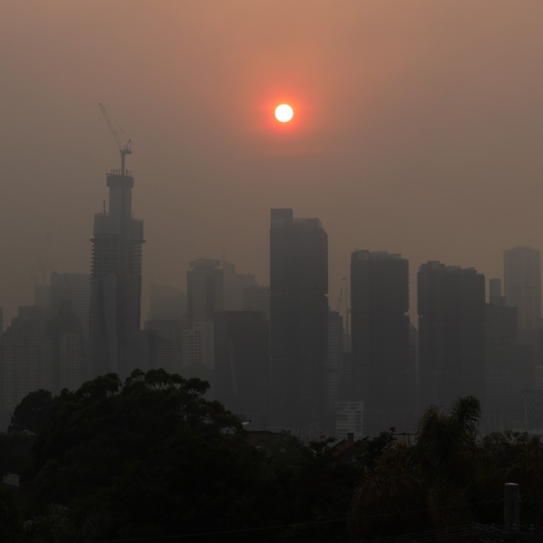 Sydney Blanketed By Smoke As Air Pollution Hits Record
