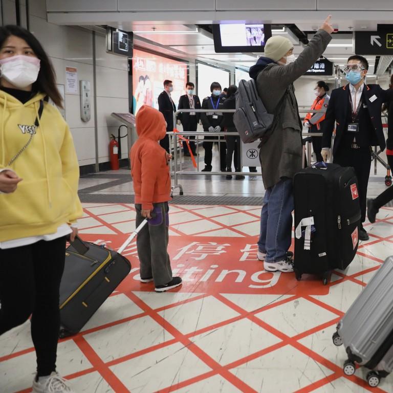 China coronavirus: Hong Kong and mainland passengers descend on ...