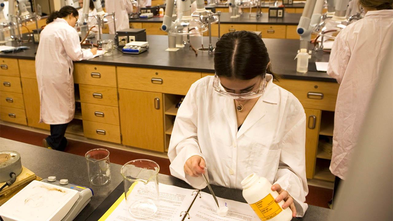 مدخل إلى البحث العلمي الطبي: الدليل العلمي – إضاءات