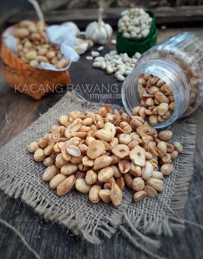 Resep Kacang Bawang Spesial : resep, kacang, bawang, spesial, Resep, Cemilan, Kacang, Bawang, Gurih, Super, Praktis, Lengkapi, Lebaranmu