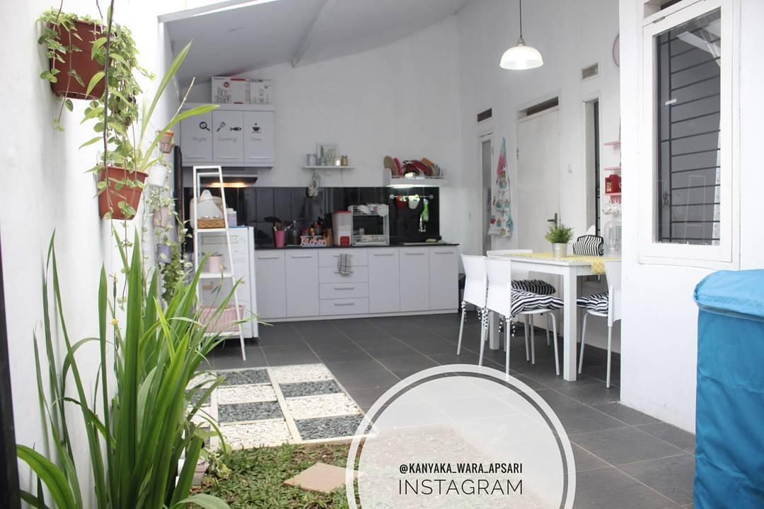 Kumpulan 11 Dapur Outdoor Terbaik Muat Meski Lahan Terbatas