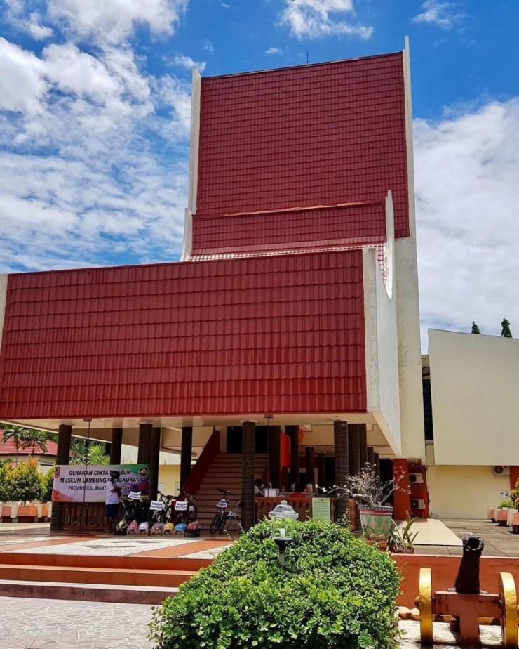 10 Tempat Wisata di Banjarbaru yang Serba Murah Meriah, Asyik Deh!