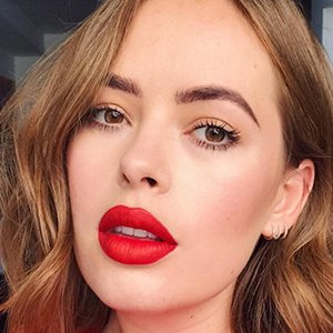 Tanya Burr - Age. Bio. Faces and Birthday