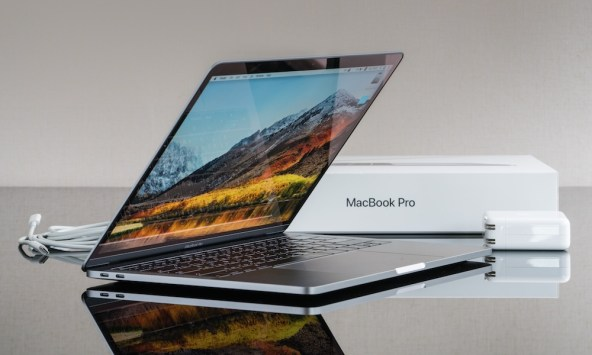 Apple MacBook Pro with Touch Bar 13-inch 2018
