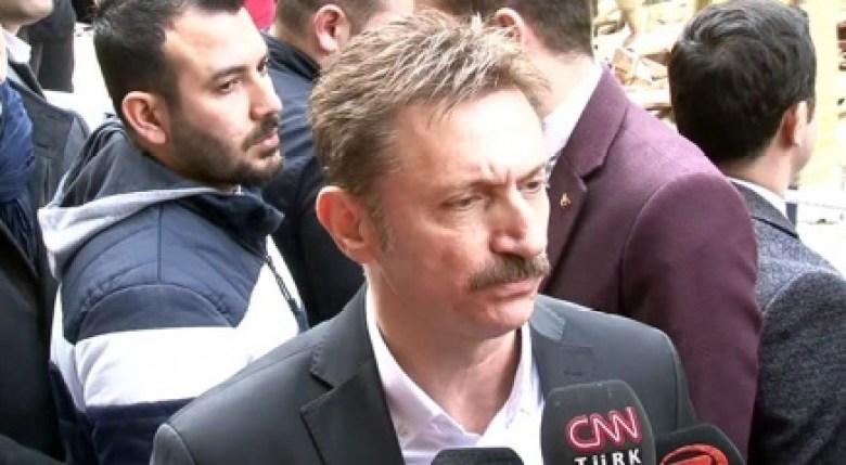 Bahçelievler Belediye Başkanı Bahadır: Giriş katta kolonlarda bulunan demirlerin alındığı söyleniyor