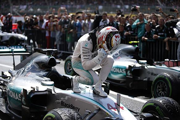 Lewis Hamilton wins British GP 2015