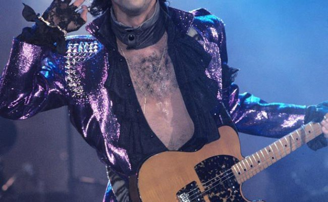 Prince Hiv Claims Star Told He Had The Disease Just Weeks