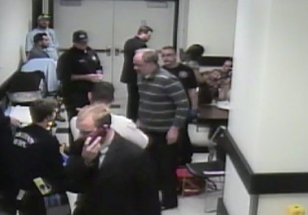 Las Vegas shooter Stephen Paddock slips and falls in