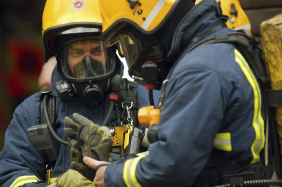 Wallpaper Engine Girl Firefighters Had To Wear Gas Masks To Rescue Obese Man